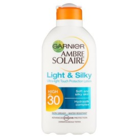 Ambre Solaire Light & Silky SPF 30 200ml
