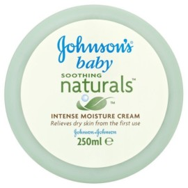 Johnson & Johnson Soothing NaturalS Cream 250ml